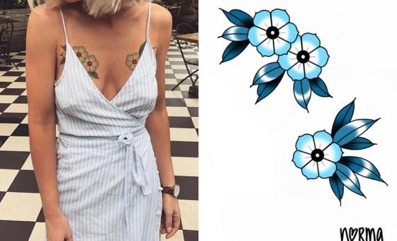Paire de petites fleurs bleues // RESERVE